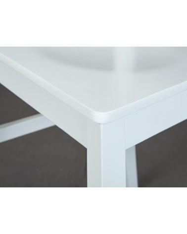 Sedia bianca in legno Hakon dettagliata