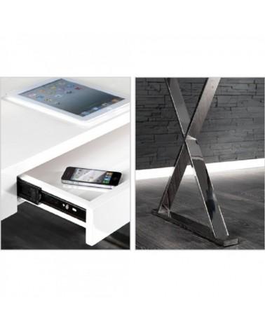 dettagli gambe e cassetto scrivania Piano bianco